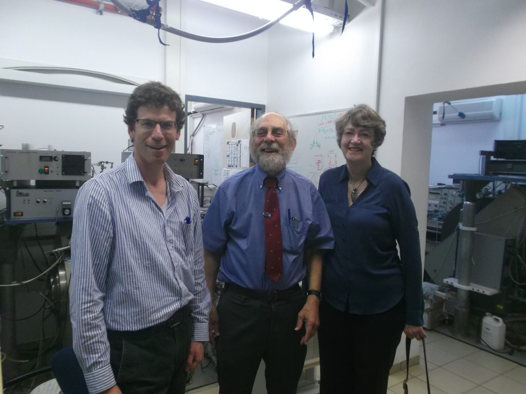 Prof. Harold Swartz and Ann Flood, from Dartmouth College, Hanover, New Hampshire, United States.
